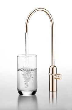 JUSTIME Capsule water drinking faucet. Made of antimicrobial copper (Cu+) for extra health protection - kills 99.9% of bacteria within 3 hours. Perfect choice for public places, hospitals and restaurants.