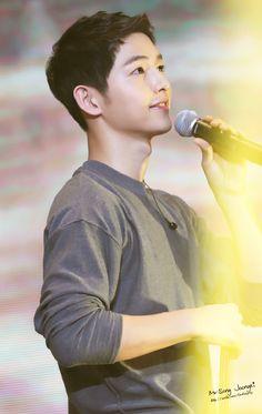 ☆ Song Joong Ki ☆ 송중기 - Upcoming Movie: The Victory Song Hye Kyo, Gentleman Songs, Song Joong Ki Birthday, Soon Joong Ki, Sun Song, Descendents Of The Sun, Hot Korean Guys, 9 Songs, 22 November