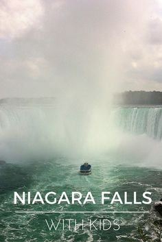 One of the easiest way to to visit the Niagara Falls with kids is to take a bus tour from Toronto. The tour we chose picked us up from the hotel, brought us to a wine tasting in an Ontario winery, stopped in the fairytale town of niagara on the lake and finally brought us to teh falls, that are even more powerful and beautiful than I thought! Find here all you need to know about visiting Niagara Falls with kids