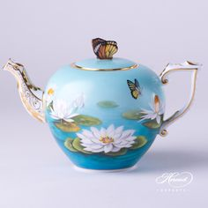 Tea Pot with Butterfly Knob - Water Lily | Herend