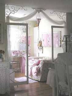 Shabby chic and romantic