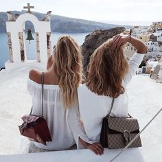 Gucci Friends in Santorini