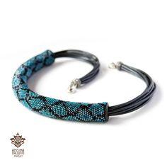 Голубая Змейка, жгут на коже | biser.info - всё о бисере и бисерном творчестве