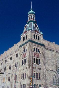 Schlitz Park Tower, Milwaukee, WI