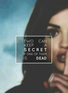 Pretty Little Liars wallpaper w/Lucy Hale