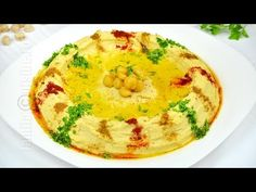 Reteta de hummus libanez este una pe care trebuie neaparat s-o aveti in repertoriu. Hummus-ul este un preparat libanez foarte cunoscut si iubit. Romania Food, Cooking Recipes, Healthy Recipes, Delicious Recipes, Exotic Food, Recipe For 4, Pasta, Raw Vegan, Tahini