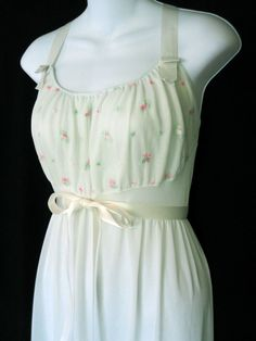 Rogers Vintage Pale Green Nightgown 34 Bust Long Nylon Satin Ribbons Delicate #Rogers
