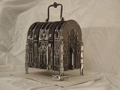 Bildergebnis für medieval chest locks