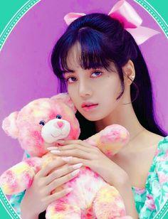 Kim Jennie, Yg Entertainment, Blackpink Members, Lisa Blackpink Wallpaper, Blackpink And Bts, Black Pink Kpop, Blackpink Photos, Pictures, Blackpink Fashion