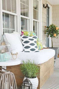 Love For Outdoors & Giveaway – City Farmhouse Summer Farmhouse Front Porch & DIY Sofa City Farmhouse, Farmhouse Front Porches, Outdoor Spaces, Outdoor Living, Outdoor Decor, Outdoor Sofa, Summer Porch Decor, Small Terrace, Home Porch