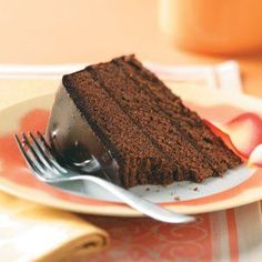 """Chocolate Truffle Cake Recipe - THIS uses pretty """"standard"""" ingredients (sugar, flour, heavy whipping cream, semi-sweet choc.) - You will use 2 Percent milk in the cake recipe. ☻☻ Makes a nice b-day cake, or special cake for Holidays (due to the ganache) Eggless Chocolate Cake, Chocolate Truffle Cake, Chocolate Truffles, Chocolate Desserts, Chocolate Brownies, Cake Truffles, Cupcakes, Cupcake Cakes, Köstliche Desserts"""