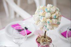 Chá de lingerie da Alessandra  | Casamento: Aline e David | http://www.blogdocasamento.com.br/cerimonia-festa-casamento/casamentos-reais/httpwww-edufeijo-brrestaurante-gaiana-aline-david/