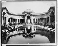 The Court of Palms; facade of the Palace of Liberal Arts (left) and the facade of the Palace of Education (right), Panama-Pacific International Exposition, San Francisco