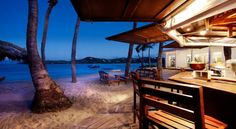 Own a small restaurant /bar on the beach