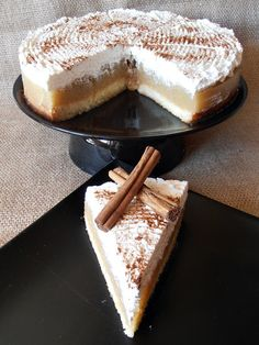 Tiramisu, Camembert Cheese, Cake Recipes, Deserts, Food And Drink, Appetizers, Menu, Ice Cream, Sweets