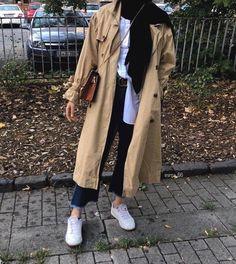 Hijab styles 299348706479490465 - Fall hijab fashion looks – Just Trendy Girl. - Hijab styles 299348706479490465 – Fall hijab fashion looks – Just Trendy Girls Source by wajihxh - Modern Hijab Fashion, Muslim Fashion, Modest Fashion, Fashion Outfits, Casual Hijab Outfit, Hijab Chic, Casual Outfits, Moda Hijab, Abaya Mode