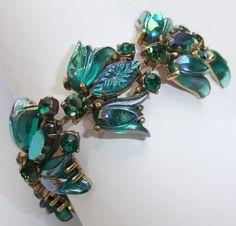 Vintage Schiaparelli Green Aurora Borealis Rhinestone Art Glass Flower Bracelet | eBay