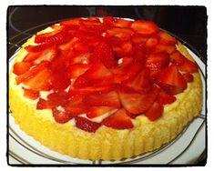 Tarte aux fraises sur fond de génoise