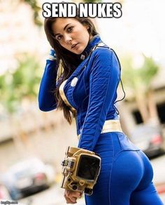 NSFW Cosplay pictures from sexy female anime, movie, cartoon cosplayers and even more. Sexy and hot cosplay girls are waiting for you, updated daily! Fallout Cosplay, Amazing Cosplay, Best Cosplay, Cosplay Style, Cute Things Girls Do, Cosplay Girls, Anime Cosplay, Short Fitness, Vault Dweller