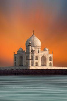 Taj Mahalby awhelin