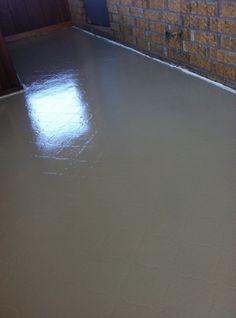 A $50 floor...painting vinyl linoleum. A complete tutorial. Easy & budget friendly!