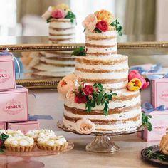margo-me-bridal-shower-cake-7280-s112194-0515_sq.jpg (1040×1040)