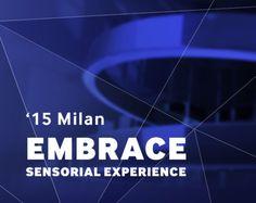 15' MILAN - EMBRACE: SENSORIAL EXPERIENCE  - 2015년 밀라노 가구박람회의 삼성관 테마는 Embrace : Sensorial Experience입니다. 부스에 들어서는 순간 공중에 떠 있는 65인치 SUHD TV 36대로 만들어진 2개의 거대한 링이 당신을 맞이합니다.