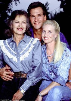 Patrick Swayze with his mother and his wife, Lisa Niemi