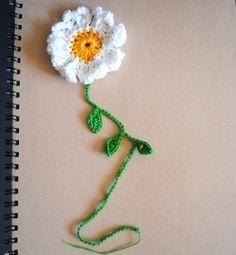 Marque-pages fleur marguerite réalisé au crochet  : Marque-pages par lescreationsdegaelle sur ALittleMarket