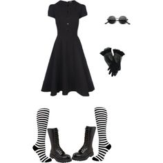 Classy Vintage Goth (Outfit #42)