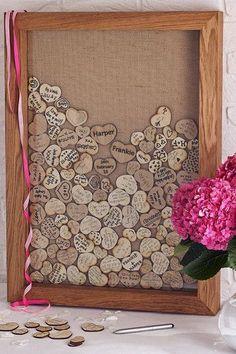 coeurs en bois mots invites