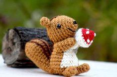 Squirrel Amigurumi by aminfriends. (Available to buy on Etsy). Crochet Amigurumi, Crochet Bear, Amigurumi Patterns, Amigurumi Doll, Crochet Animals, Crochet Patterns, Crochet Eyes, Crochet Fall, Cute Crochet