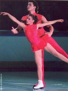 Katia Gordeeva & Sergei Grinkov, 1989-1990,Pairs costume inspiration for Sk8 Gr8 Designs