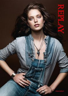 Buy your favorite clothes online on the official Replay website: Jeans, T-shirts, shirts, sweaters and many others! Replay Jeans, Emily Didonato, Italian Women, Haircut And Color, Colored Denim, Advertising Campaign, Nice Tops, Clothes For Women, My Style