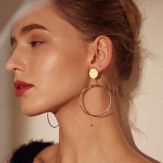 Punk Metal Earrings Women Gold Silver Round Geometric Earrings Simple Circle Earrings Statement Boho Pendientes Metal Color in 2020 Bar Stud Earrings, Big Earrings, Simple Earrings, Rose Gold Earrings, Round Earrings, Gold Hoop Earrings, Crystal Earrings, Clip On Earrings, Statement Earrings