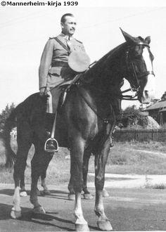 WB mare Käthy and Marshal Mannerheim Finland History Of Finland, Night Shadow, Horse Photos, Historian, Mans Best Friend, Historical Photos, Country Life, World War Ii, Wwii