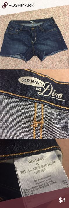 """Old Navy Jean Shorts Dark Blue """"Diva"""" old navy jean shorts. Regular size 12. Gently worn once or twice. Fringed at the bottom but can also be cuffed for a cute summer look! Send in your offer :) Old Navy Shorts Jean Shorts"""