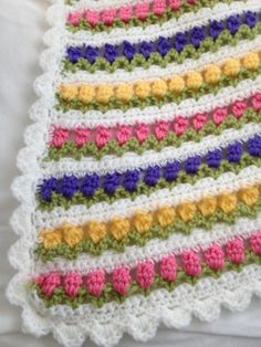 Crochet flower afghans | Flowers in a Row afghan.