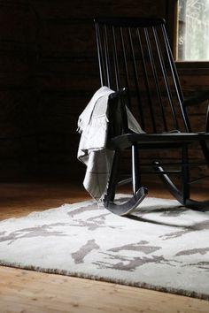 Savanni by Pasi Kärkkäinen-Tunkelo. Soft thick luxury rug, ecodesign, designed in Finland.