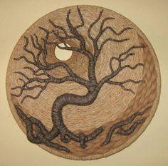 by Gloria McRoberts Gorgeous! Loom Weaving, Tapestry Weaving, Circular Weaving, Burlap Flower Wreaths, Felt Tree, Jute Crafts, Felt Pictures, Weaving Projects, Macrame Patterns