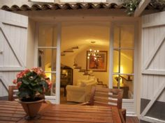 Antibes 2014: Charming 2 Story Home for 3 In The Heart Of Antibes