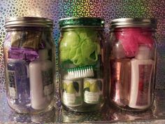 Spa Gift Basket Ideas For Woman From The. - spa gift basket ideas for women - Mason Jar Christmas Gifts, Mason Jar Gifts, Homemade Christmas Gifts, Mason Jar Diy, Homemade Gifts, Christmas Diy, Gift Jars, Diy Gifts Jar, Diy Party Gifts