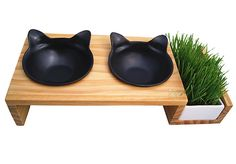This feeding station with a cat grass nook.