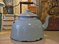 Cathouse Antiques - Graniteware Teapot