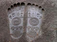 Buddha pada, with various sacred signs