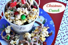 Mommy's Kitchen - Recipes From my Texas Kitchen!: Christmas Crunch {Festive Popcorn Mix}