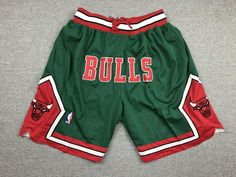Check this Men's NBA Chicago Bulls Just Don Pockets Shorts Pants Green- Shorts . Hight quality products with perfect design is available in a spectrum of colors and sizes, and many different types of shirts! Nba Basketball Shorts, Logo Basketball, Green Jordans, Estilo Tomboy, Mma Shorts, Cute Pants, Long Sleeve Tee Shirts, Green Shorts, Just Don