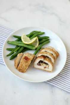 The easiest (and yummiest!) thing you'll ever find for a weeknight dinner are these Signature Recipe Stuffed Chicken Breasts from So so yummy and they come in 4 different flavors including this super delish Creme Brie & Apple! Freezer Recipes, Freezer Cooking, Crockpot Recipes, Chicken Feed, Stuffed Chicken, High Protein Recipes, Protein Foods, Frozen Meals, Chicken Breasts