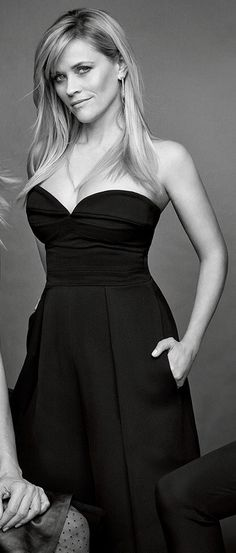 Resse Witherspoon, Reese Witherspoon Style, Reese Witherspoon Birthday, Sexy Older Women, Sexy Women, Female Actresses, Voluptuous Women, I Love Girls, Beautiful Actresses
