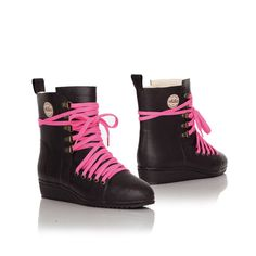 Slip on Nokian Footwear rubber boots and head for the country or garden. These boots were designed for everyday use. Finland, Lace Up, Warm, The Originals, Shoes, Style, Fashion, Swag, Moda